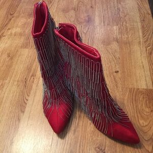 UNIQUE red boots with silver metal tassels